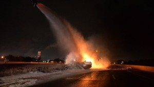 Tanker-fire-on-I75-and-Outer-Drive-scene-1-JPG